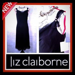 🆕👗 Liz Claiborne Scoop Neck Dress